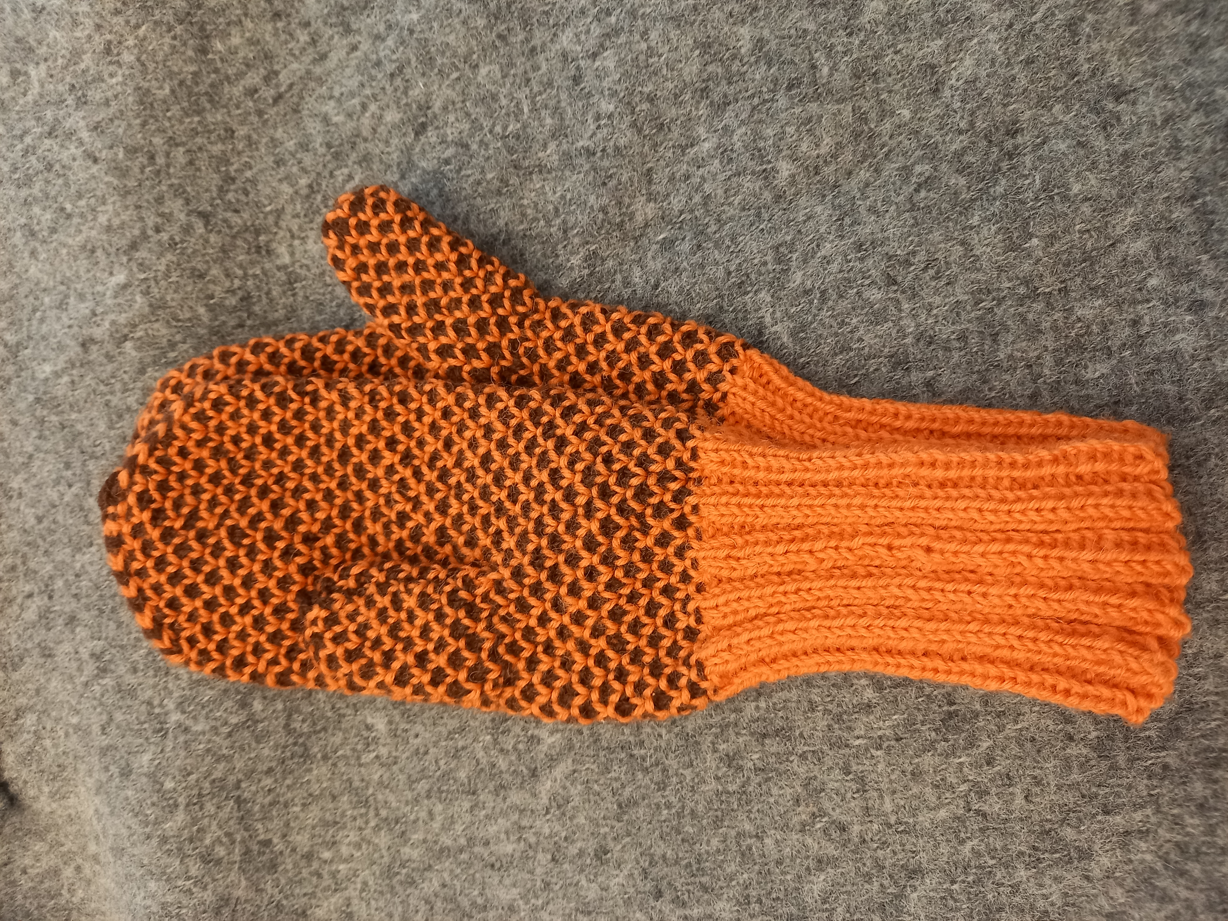 Vantar, orange brun, ca 30 cm, 15€